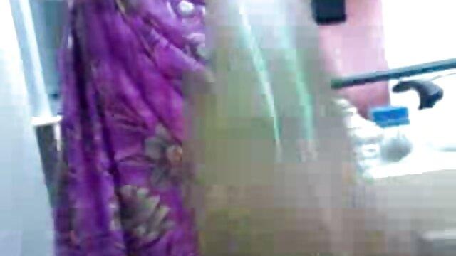 સારા એક્સ એક્સ એક્સ વીડીયો સેકસી માટે એક છોકરી