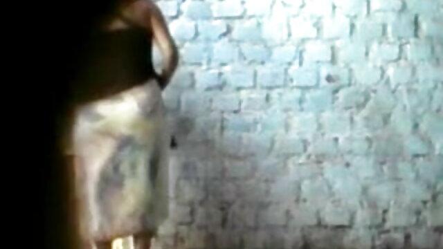 એક ગુજરાતી સેકસી વીડીયો બતાવો સુંદર સવારે સાથે caresses સેક્સી