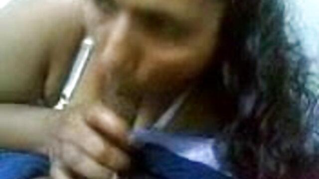 મમ્મી પડેલા મને કરી હાથ થી સનીલીયોન ના વીડીયો સેકસી ચોદવુ