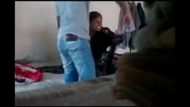 કાળા વાળ વાળી છોકરી હાર્ડ screwing સેકસી વીડીયા બીપી સાથે પોતાની જાતને નકલી લોડો ક્રુર